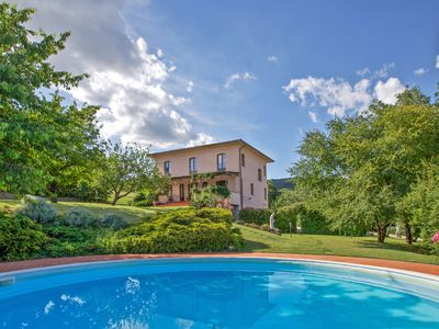 Photo for Villa L'Arco.Luxury Air-Conditioned.Pool with Whirlpool area.Wi-Fi.Near Tuscany