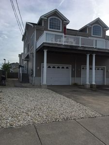 Photo for 5 bedroom, 3 bath townhouse located just steps from Avalon's business district and an easy walk to the beach.