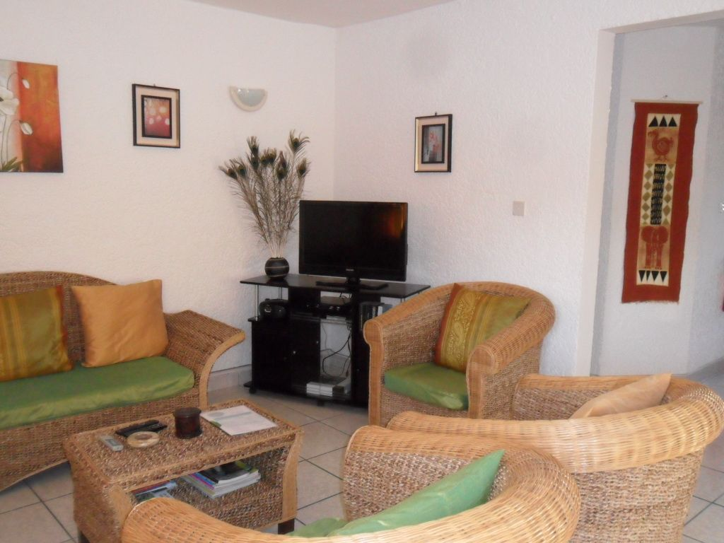 Superb apartment 300m from beach (Rate incl. free WiFi, maid ...