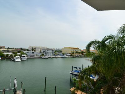 Photo for Luxury Condo on the Bay: 3 Bds/3 bth, 300 yds from beach.