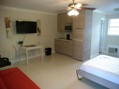 Photo for Modern Condo Steps from Las Olas Blvd/ Dwtn Fort Lauderdale.