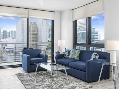 Photo for Five-Star Amenities in the Heart of Downtown MIA
