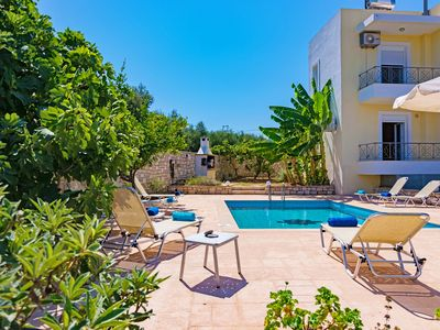 Photo for SwallowsB,Modern, Near the beach and Amenities, Private pool, Great view