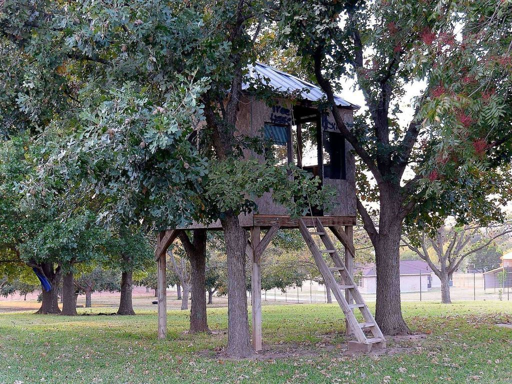 Unplug in this cozy, secluded home in Burnet, TX - The perfect escape from city-life!