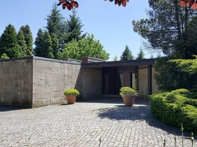 Photo for Luxury and comfort - fantastic 4 bedroom villa with private pool in Guimarães