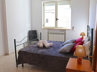 Photo for Central Apartment with Air Conditioning and Balcony; Pets Allowed