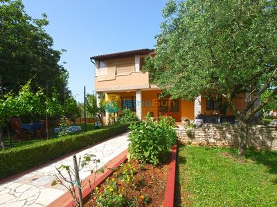 Photo for Apartment 1906/23406 (Istria - Muntic), Pets welcome, 15000m from the beach