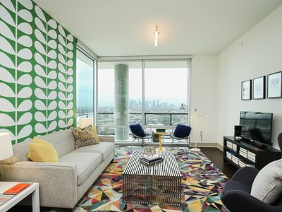 Photo for Excellent 1BR Suite in Downtown Houston