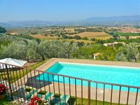 Fabulous pool, lovely characterful home, stunning views - beautiful, historic Umbria - go for it!