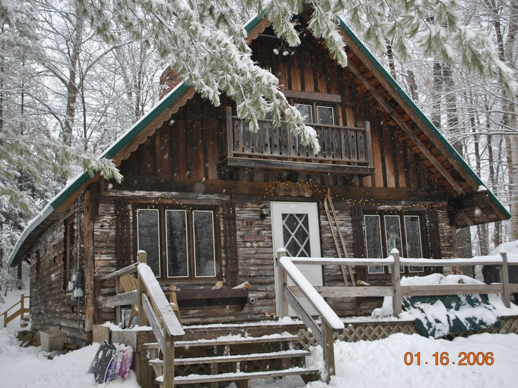 Cozy 3 Bedroom A Frame Chalet Tucked Away In The Heart Of
