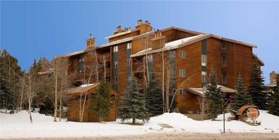 Photo for Lovely condo with a mountain feel, in-town with access to on-call shuttle, hiking trails