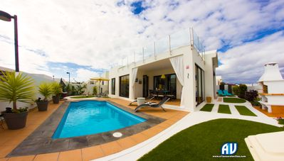 Photo for Luxurious Villa with Heated Pool  and air conditioning. Sleeps up to 6 Guests