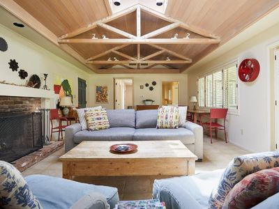 Photo for Ranch-Style Home in the Heart of the Napa Valley Vineyards
