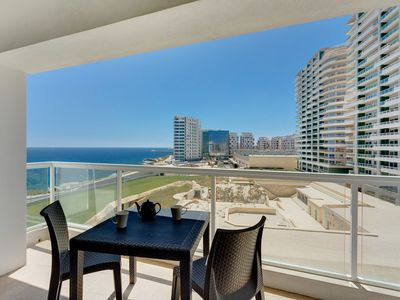 Photo for Modern Seaview Apartment with Amazing Ocean Views