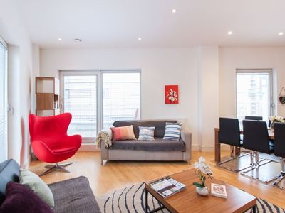 Photo for Docklands Delux Apartment
