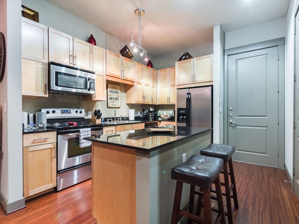 Nice 1 Bedroom Apartment In Dallas Highland Park