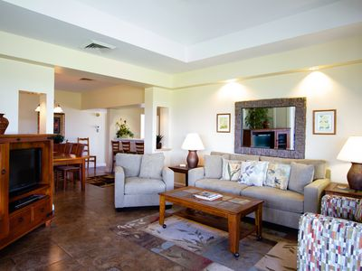 Photo for Tranquil Top Floor Condo with Mauna Kea Views