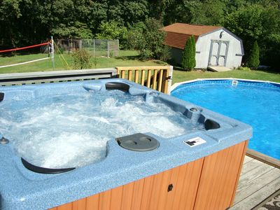 Secluded Powerful 6 Person Hot Tub, Pool, Decks & Big Back Yard for Playing!