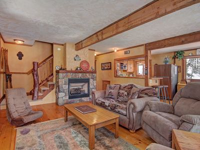 Photo for FREE SkyCard Activities - Cozy Layout, Mountain Views, Large Back Deck - Whispering Pines