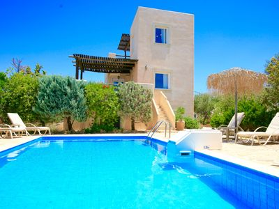 Photo for Traditional villa with 3 bedrooms, private pool, beautiful sea-views