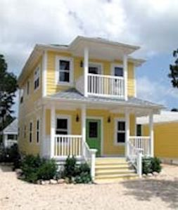 Photo for THE YELLOW HOUSE OF SEACLIFF RESORT HOMES