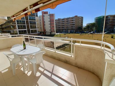 Photo for Apartment with beautiful terrace 150m from the beach Port Aventura 10mn