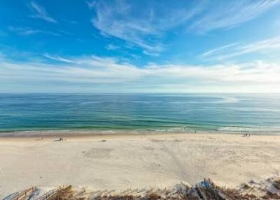 Photo for Spacious Beachfront with Great View, 2 Pools, Tennis,  & More!