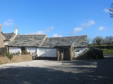 Luxury Grade II listed Cottage in St Kew - close to Port Isaac.