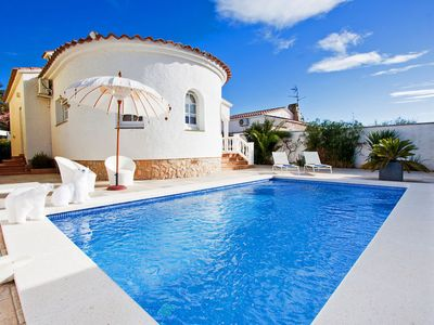 Photo for Vacation home Casa Reynaud in Empuriabrava - 6 persons, 3 bedrooms