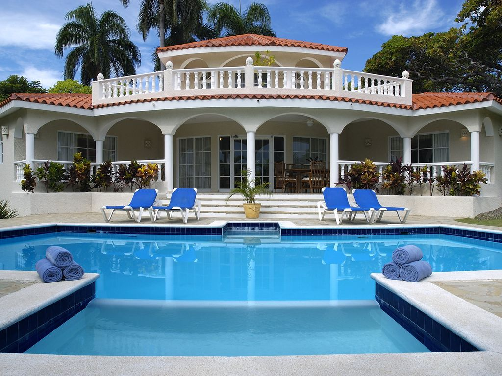 Awesome bedrooms with pools - Cofresi House Rental Four Bedroom Villa 4 Bath Full Kitchen Private Pool