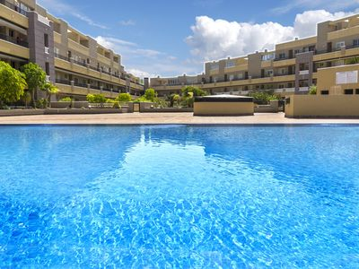 Photo for La Perla Beach Apartment with pool / Apartment facing the sea with pool