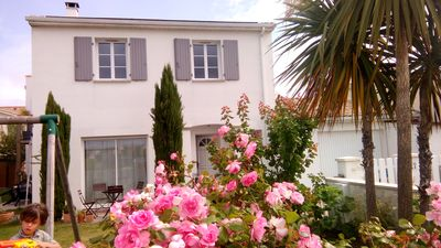 Photo for Large house 160 m2 with garden, near beaches 6 bedrooms, quiet
