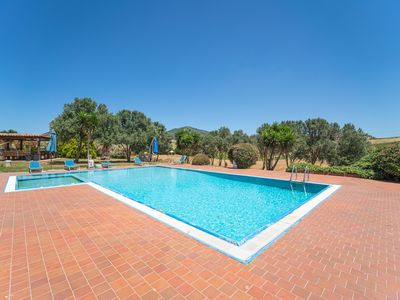 Photo for Country House Mille Colori with Private Swimming Pool, Wi-Fi & Air Conditioning; Parking Available, Pets Allowed