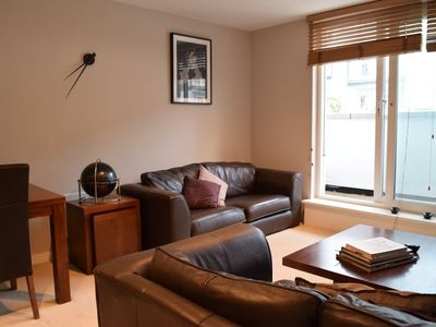 Photo for Lovely 2 Bedroom Apartment in Putney