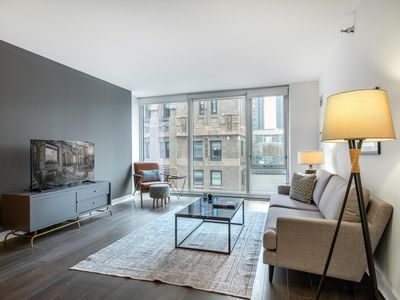 Photo for Chic Loop 1BR w/ Gym, Pool, W/D, in the Theatre District, by Blueground