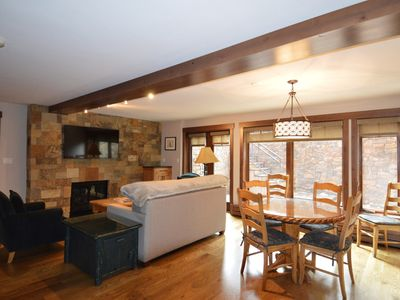 Photo for Nice 2 bedroom condo. Walking distance to downtown Aspen. FaschHs12