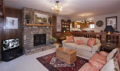 Photo for BLUE RIDGE 2 WPM: 2 BR / 2 BA 2 bedroom condo in Blowing Rock, Sleeps 6