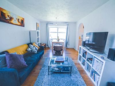 Photo for 2BR Apartment Vacation Rental in Barking, England