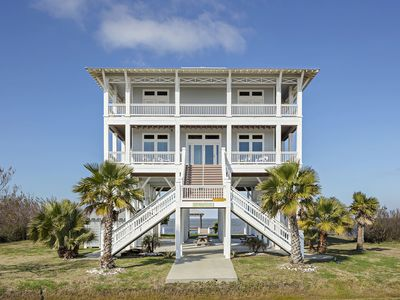Photo for Stunning 4 bedroom 4 bath bayfront property - views of both beach and bay - All About the View