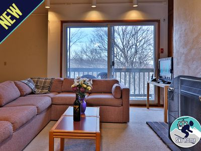 Photo for Cozy getaway with shuttle to Slopes/Ski home