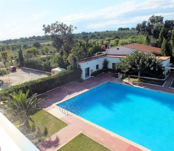 Photo for Holiday studio with pool and unobstructed views in Roses, Costa Brava