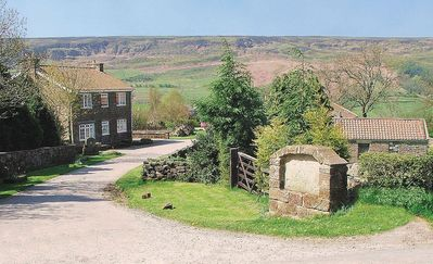 Photo for 2 bedroom property in Rosedale Abbey. Pet friendly.