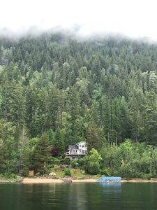 Private Hideaway Lakefront Forest Guesthouse on Kootenay Lake