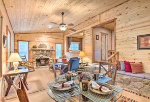 Photo for 2BR Cabin Vacation Rental in Wickes, Arkansas