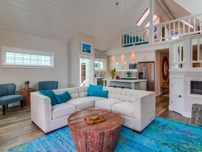 Photo for Completely Upgraded 4 BR 3 Bath, Sleeps 12,Steps To Ocean And Bay- Central Air