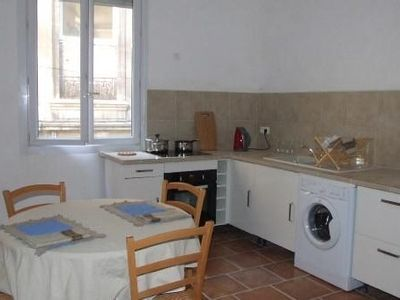 Photo for Spacious apartment downtown Avignon