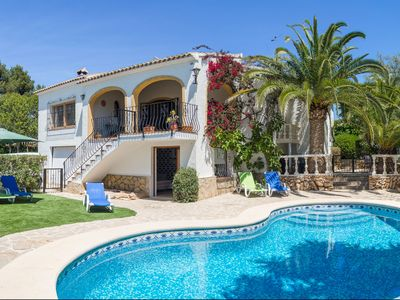 Photo for Spacious Family-Friendly Villa, Well Located, 4br all A/C , Pool, Wifi