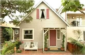 The Most Adorable Beach Cottage Ever!