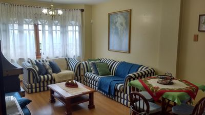 Photo for Comfortable apartment in the center, 200 meters from Coberta Street. Cable tv, wifi