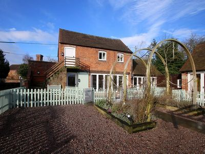 Photo for Poppy Cottage -  a cottage that sleeps 4 guests  in 2 bedrooms